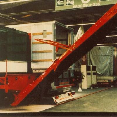 Cargo Floor moving floor CF067.jpg